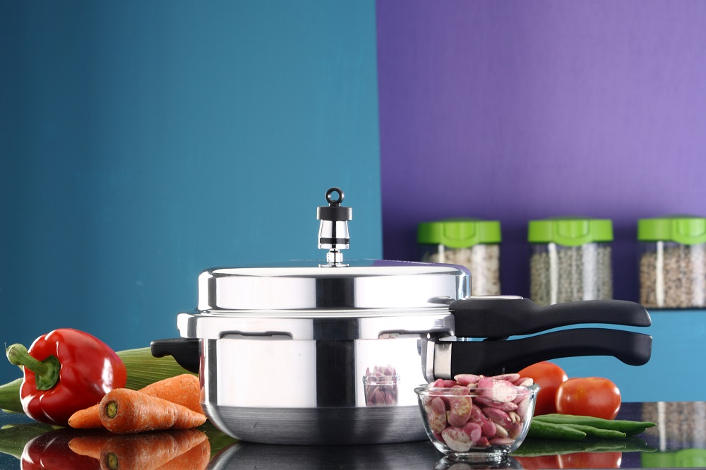 Top 15 Best Pressure Cooker In India 2020 - Review & Buying Guide