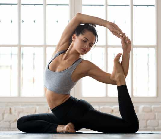 Top 10 Best Yoga Pants for Women in India – Review & Buying Guide