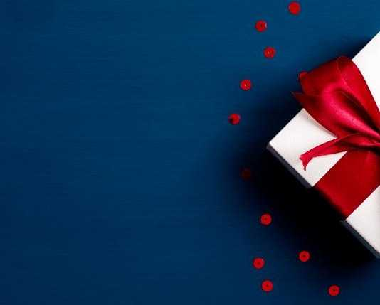 20 Best Valentine's Day Gifts For Him/Her