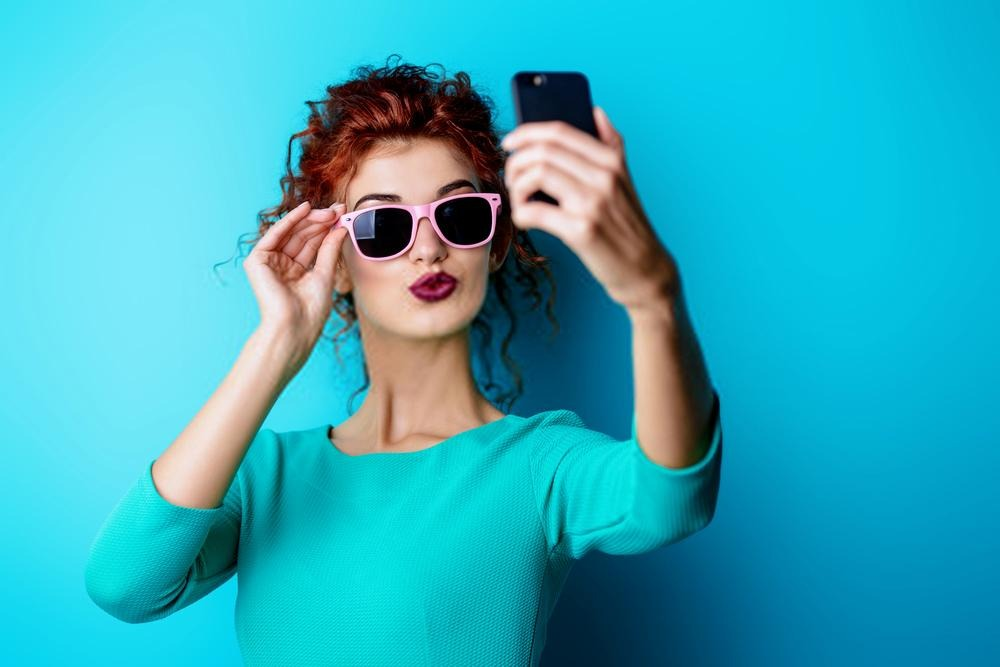 Tricks That Will Help You Look Perfect In Photos