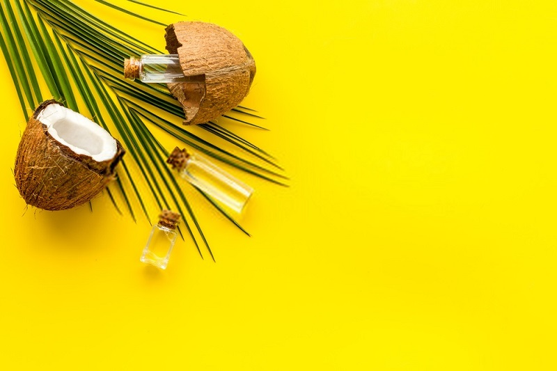 Benefits Of Coconut Oil For Hair - How & When To Use It