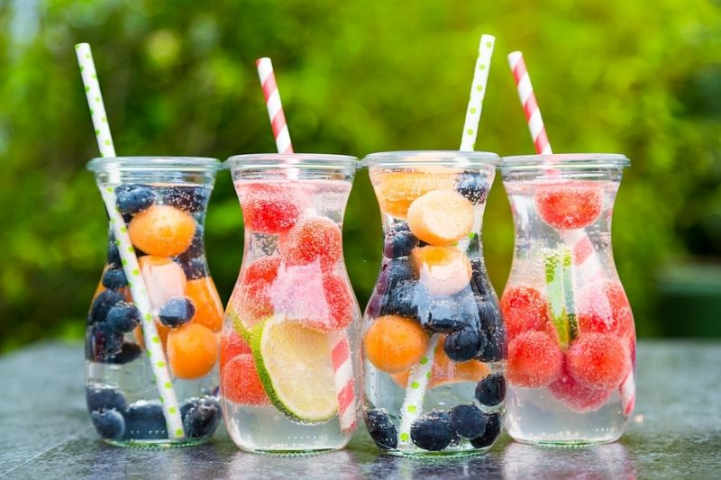 Detox Water For Flat Belly - 10 Delicious Recipes To Try