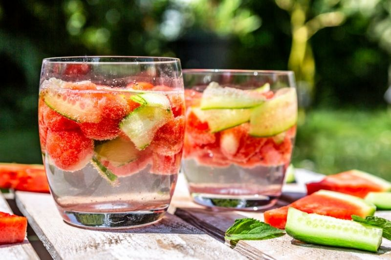 How-to-make-detox-water
