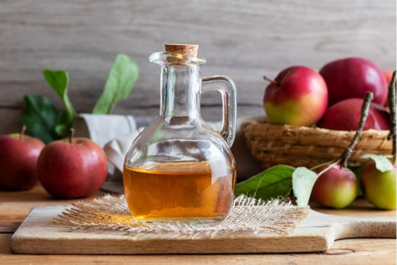 6 beauty Benefits Of Apple Cider Vinegar