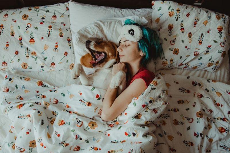 Food For Sleep - 11 Foods That Help You Sleep Better