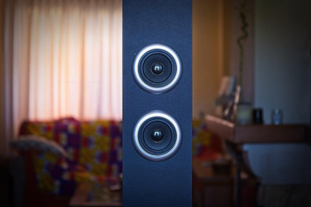 best tower speakers under 10000