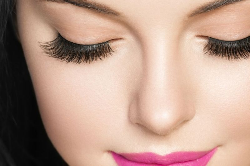 How to choose, apply, remove and clean false eyelashes