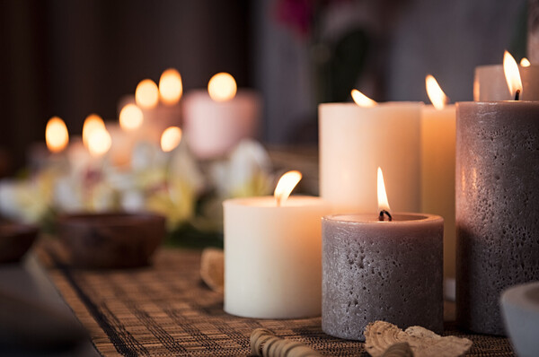 Scented candles can be perfect Diwali gift