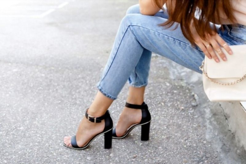 The glamorous sandals to wear in summer
