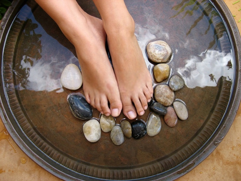 How-to-do-a-foot-spa-at-home-Step-2-Soften-the-feet
