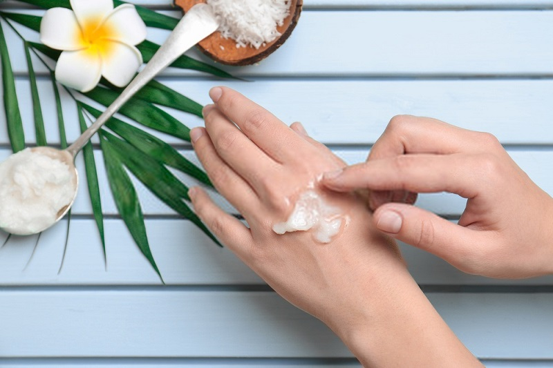 Beauty-Benefits-Of-Coconut-Oil-Coconut-oil-for-skin-care