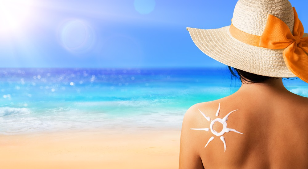Top 10 Best Sunscreen Lotion in India 2019 - Review & Buying Guide